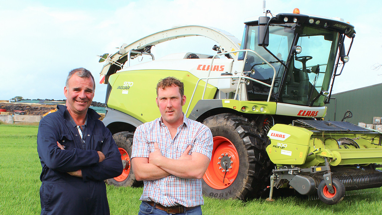 Andrew Evans (left) and operator Simon Hankey (right).